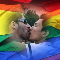 Bisou Gay sur Rainbow Flag
